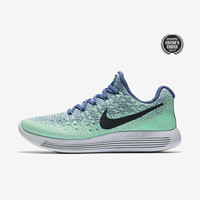 The Nike LunarEpic Low Flyknit 2 Women's Running Shoe.