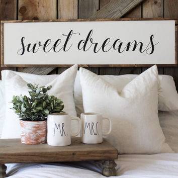 Sweet Dreams Oversized Sign