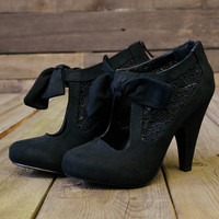 Corner Brook Black Lace Suede Bow Booties