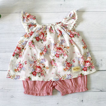 Pink baby clothes, floral baby set, vintage rose floral pattern top and polkadot bloomer
