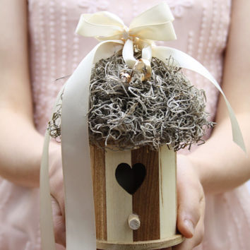 Ring bearer pillow Rustic birdhouse ring bearer Ring box Rustic wedding Bird nest Woodland ring holder Moss nest ring holder QUEEN MAB