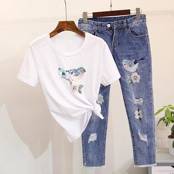 2017 New Spring Summer Women 2 Pieces Jeans Suits Beading Sequins Birds Tshirt Cotton Tops Jeans Pants Set Women 2 Pieces Set
