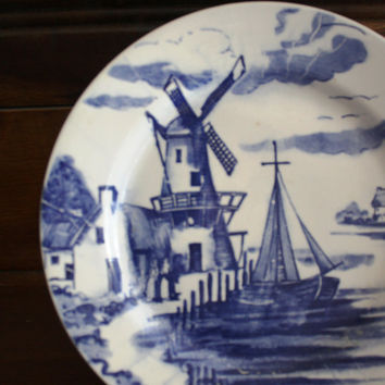 Vintage Dutch Themed Accent Plate- Marked Made in Japan