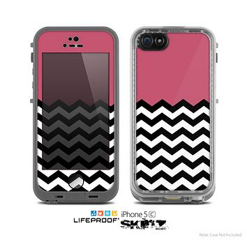 The Solid Pink with Black & White Chevron Pattern Skin for the Apple iPhone 5c LifeProof Case