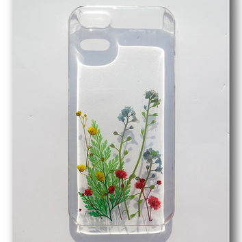 Handmade iPhone 5/5s case, Resin with Dried Flowers, Pressed flower art (202)