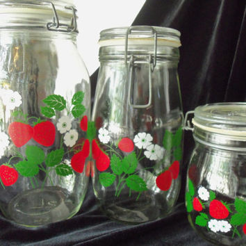 Canisters Carlton Glass Strawberry Design Set of 3 Red Green White Shabby Chic
