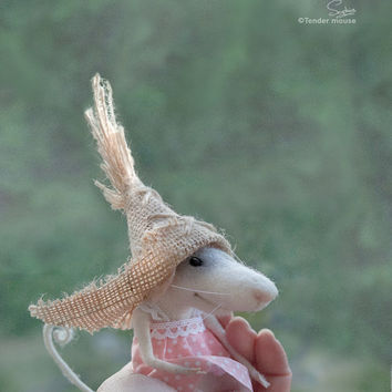 Needle mouse, felted mouse, felted miniature,needle animal,hemp hat,soft figurine,plush,art doll,stuffed animal,tender mouse-READY TO SHIP