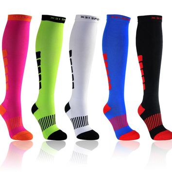 X31 Sports Over The Knee Compression Socks, Running, Travel, Crossfit, 15-20mmHg