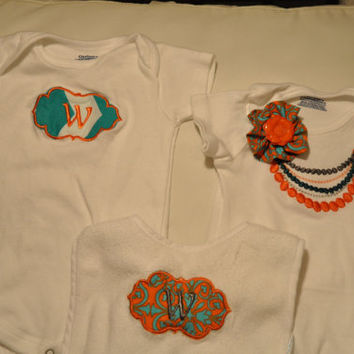 Personalized Onesuit and bib baby set