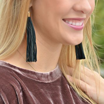 The Mesa Earrings - Black
