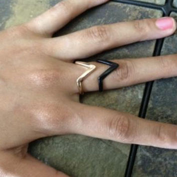 V Shape Ring