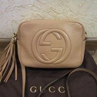 Authentic Gucci Beige Leather Crossbody Soho Disco Bag