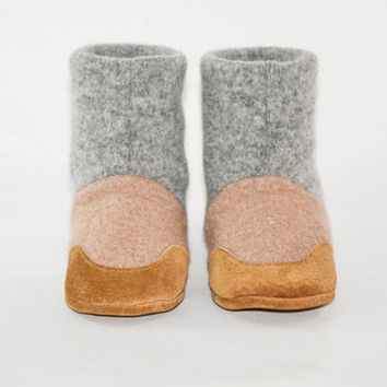 Wool Baby Shoes, Toddler Slipper Boots, Eco Friendly Wool And Soft Non Slip Leather Soles.  Sizes: 0-12M, 6-18M & 12-24M,  Baba!