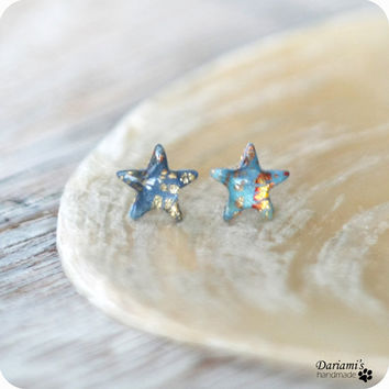 Post earrings -tiny stars studs