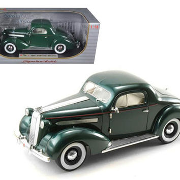 1936 Pontiac Deluxe Green 1-18 Diecast Model Car by Signature Models