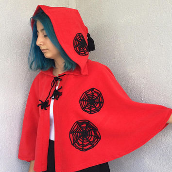 Red Hooded Cape, Spider Costume, Hooded Capelet, Halloween Costume, Red Short Cloak, Spooky Hooded Cape, Spiderweb Cape, Women Outwear