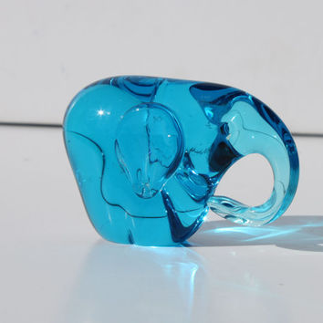 Vintage Modernist Elephant Blue Art Glass Paperweight by Modnique