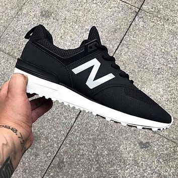 New Balance Comfortable and breathable Shoes Black White Z