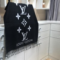 One-nice™ Perfect Louis Vuitton Women Velvet Scarf Shawl Silk Scarf