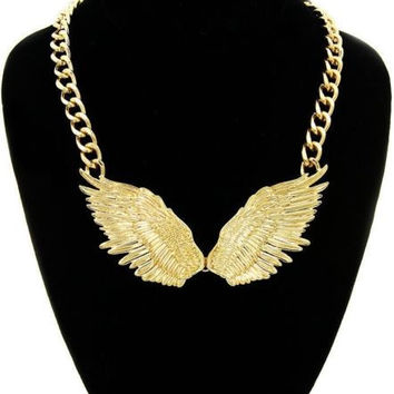 ANGEL WINGS Statement Necklace Gold Link Chain Celebrity Inspired