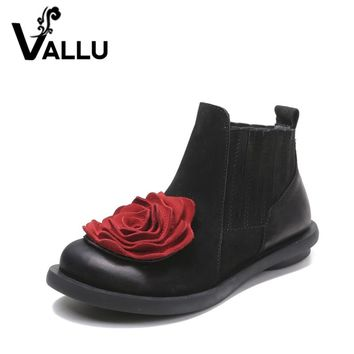 2018 Big Red Flower Women Boots Cow Suede Round Toes Ankle Boots Flat Heels Handmade Shoes Vintage Boots