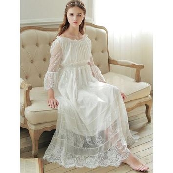 ICIKW8 Free Shipping 2017 New Spring Princess Nightdress Royal Pyjamas Women's Long Nightgown White Lace Sleepwear Can Outer Wear