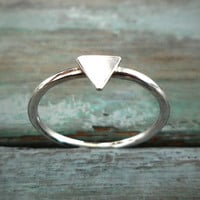Sterling Silver Triangle Ring, Geometric Design, Pyramid Bohemian Ring. Simple Everyday Wear.