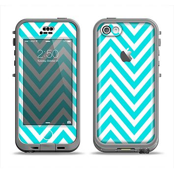 The Trendy Blue Sharp Chevron Pattern Apple iPhone 5c LifeProof Nuud Case Skin Set