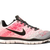 Nike Wmns Free TR Fit 3 PRT White Pearlized Pink (555159-100):Amazon:Shoes