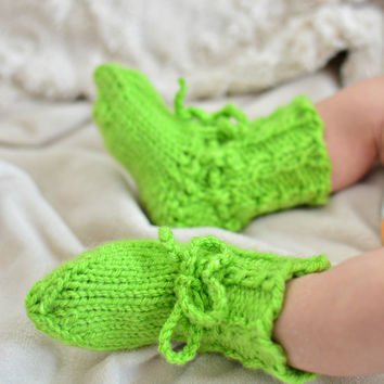 Knit Baby Pixie Booties - Green Baby Shoes - Size Newborn - Woodland Baby