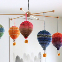 Hot air balloons knitting pattern PDF, mobile hangers, diy gift and decoration, gift for kids and adults, baby shower