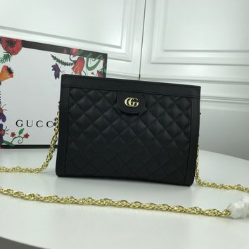 GUCCI WOMEN'S LEATHER INCLINED CHAIN SHOULDER BAG