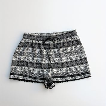 About a Girl Elephant Print Crochet Trim Shorts S NWT