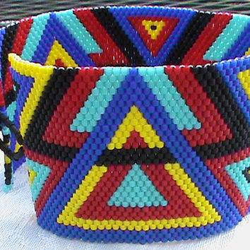 Seed bead peyote cuff beading triangle pattern