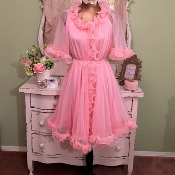 50s 60s Chiffon Candy Nightgown Set, 1950s Pink Sheer Peignoir, Ruffle Robe Set, Chic Shabby Nightie Set, Vintage Nightdress Set, Sz Sm / M