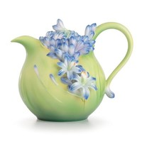 Franz Porcelain Lily of the Nile Teapot, FZ02616