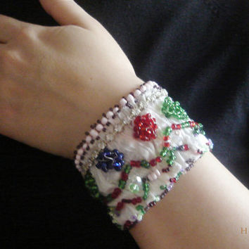 Ethnic Bracelet for women, Braceet Beads embroidered, Beads Cuff Bracelet, OOAK, Unique Hand made, Girl Boho Bracelet, Embroidery Beads