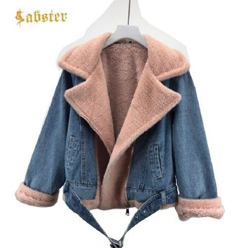 Trendy 2018 Winter Fashion Fur Jeans Coat Real Fur Denim Jacket Female Outerwear Thick Warm Fur Denim Jakcet kz350 AT_94_13