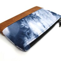 Navy Shibori Clutch, Hand Dyed Purse, Blue Shibori Purse, Tie Dye Clutch, Zippered Pouch, Navy White Clutch, Blue Dyed Bag, Small Clutch Bag
