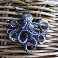 Octopus Pendant Necklace - silvertone