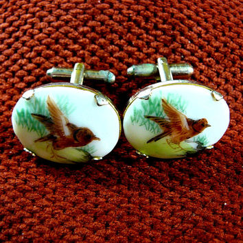 Bird Cuff Links - HAND PAINTED - Pair of Bird Cameo Cufflinks - Porcelain Cabs - Vintage 70s - Collectible Men's Jewelry - Father's Day Gift
