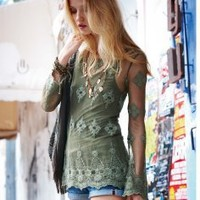 Lace shirt from the PEACH MELLOW Impressions Online Store