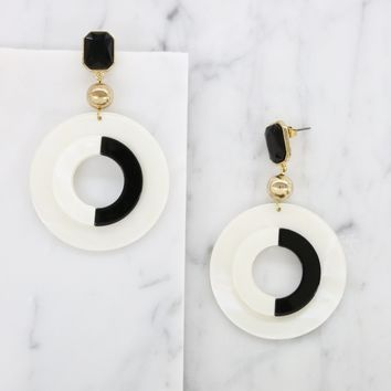It's all Black and White Earrings in Gold