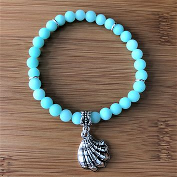 Matte Sea Green Jade Beaded Bracelet with Silver Clam Shell