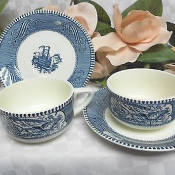 Royal china Dinnerware (USA) Currier & Ives-Blue set 2 cup and saucer