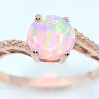 14Kt Yellow Gold Pink Opal Round DIamond Ring