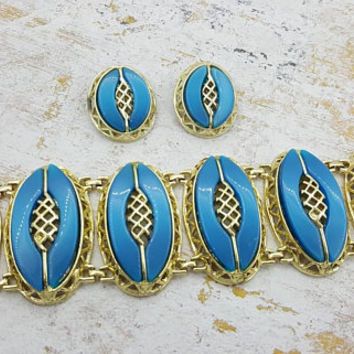 Teal Blue Thermoset Clip earrings  and Bracelet Gold tone Large Oval Design Mid Century Modern