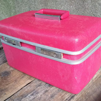 Samsonite Royal Traveller Pink Train Case