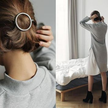 2016Fashion the geometric character of circular triangle of eight hairpin a word  clip to female 5 cm