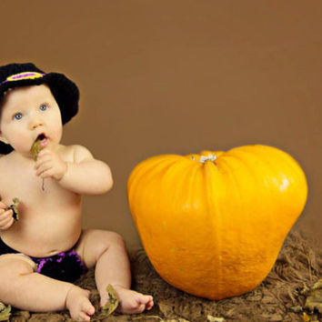 Baby witches hat and diaper/nappy cover photo prop, Haloween dress up available in newborn-12 months.